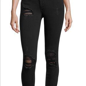 Black skinny jeans 👖